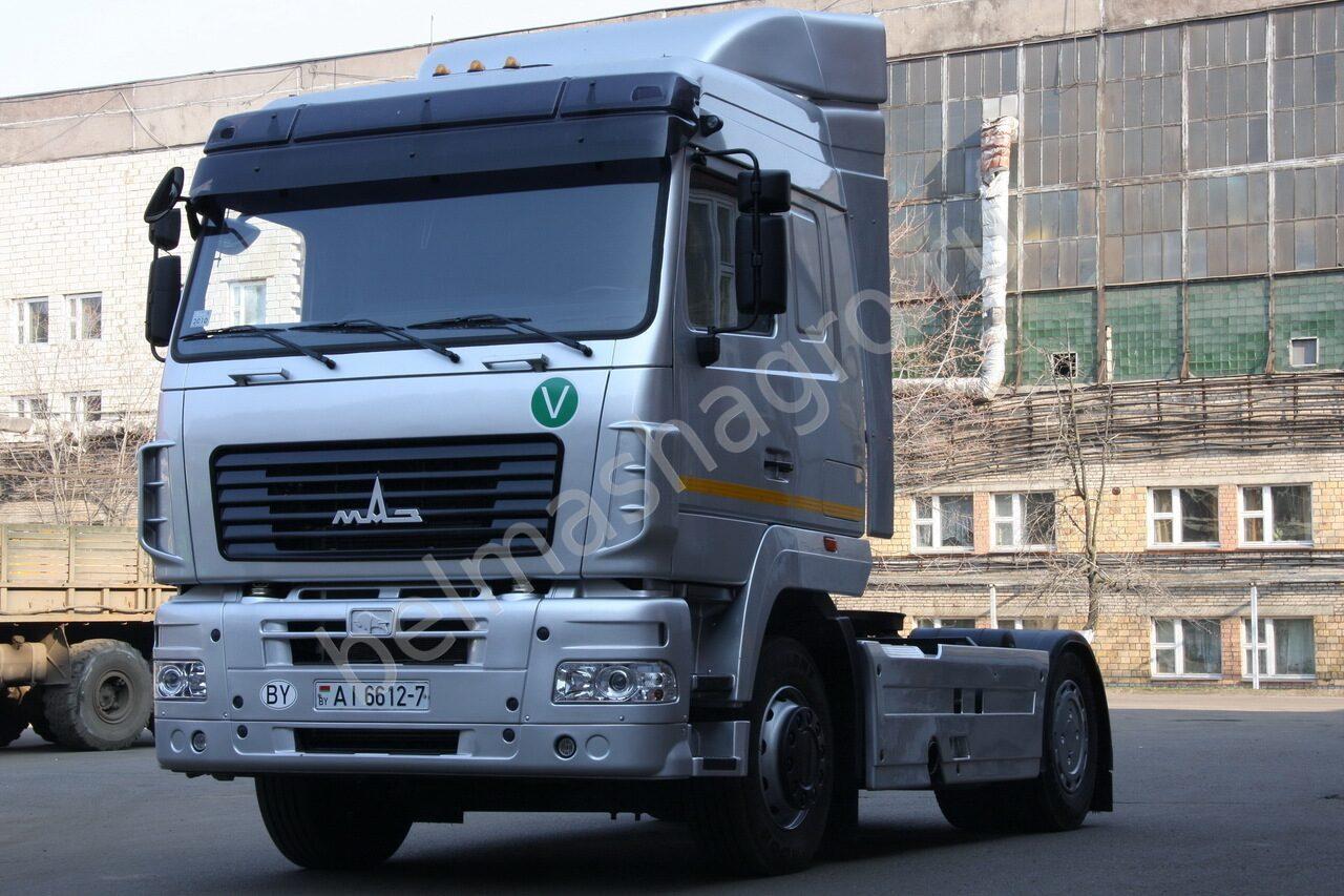 МАЗ 5440A9 представляет собой обновленную версию классической модели 5440. .  Это седельный тягач с...